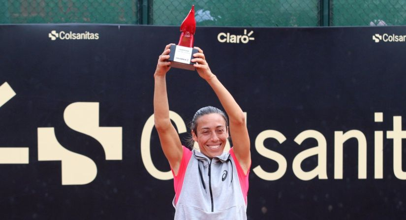 Francesca Schiavone captured her eighth career title at Bogota. Image courtesy: Twitter/@WTA