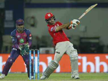 Glenn Maxwell in action against Rising Pune Supergiant. Sportzpics