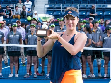 Anastasia Pavlyuchenkova won the WTA title at Monterrey, for a fourth time. Image courtesy: Twitter/@Abierto_GNP