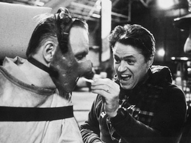 Demme on the sets of The Silence of the Lambs with Anthony Hopkins. Image via Twitter