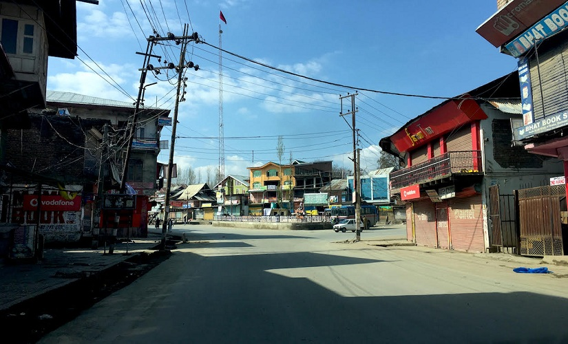 The deserted streets of Budgam on voting day. Firstpost/Sameer Yasir