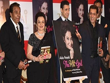Dharmendra, Asha Parekh, Imran Khan and Salman Khan at the autobiography launch. Twitter