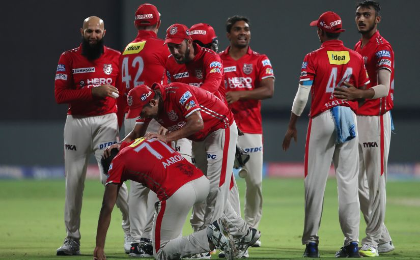 Kings XI Punjab celebrate a wicket of Royal Challengers Bangalore. Sportzpics/IPL