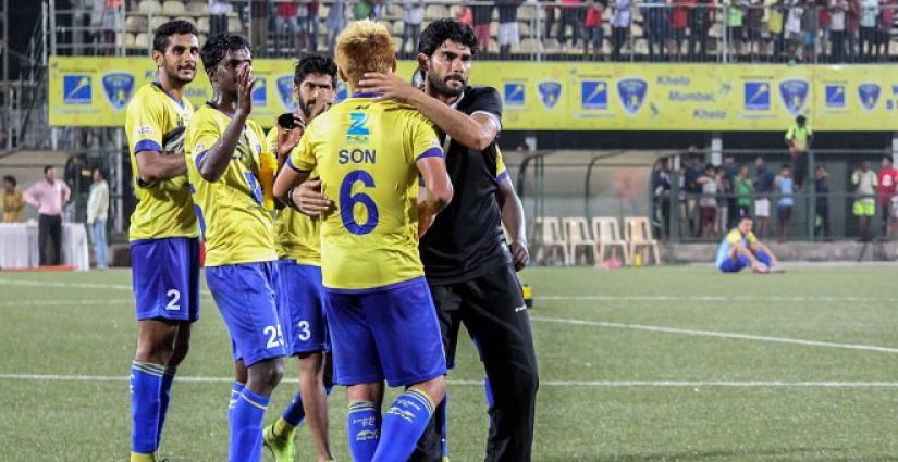 Khalid Jamil congratulates his Mumbai FC players after their 2-0 win over Bengaluru FC in the 2016 I-League. Image Courtesy: Mumbai FC