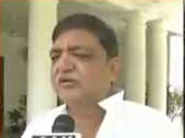 Samajwadi Party leader Naresh Agarwal. Image courtesy:Ibnlive
