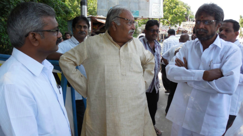 (L - R) Chigurupati Babu Rao, state secretary CPM, Pandalaneni Srimannarayana, Kunapareddy Ramesh and Dutta Murali discuss the NGT orders