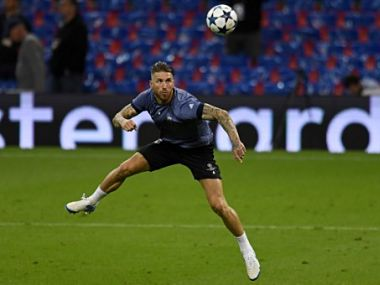 Real Madrid's Spanish defender Sergio Ramos takes part in a training session at The Principality Stadium in Cardiff, south Wales, on June 2, 2017, on the eve of the UEFA Champions League final football match between Juventus and Real Madrid. / AFP PHOTO / Glyn KIRK