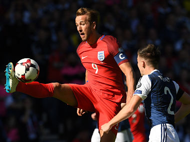 England's striker Harry Kane controls the ball during the group F World Cup qualifying football match between Scotland and England at Hampden Park in Glasgow on June 10, 2017. The game ended 2-2. / AFP PHOTO / Paul ELLIS / NOT FOR MARKETING OR ADVERTISING USE / RESTRICTED TO EDITORIAL USE