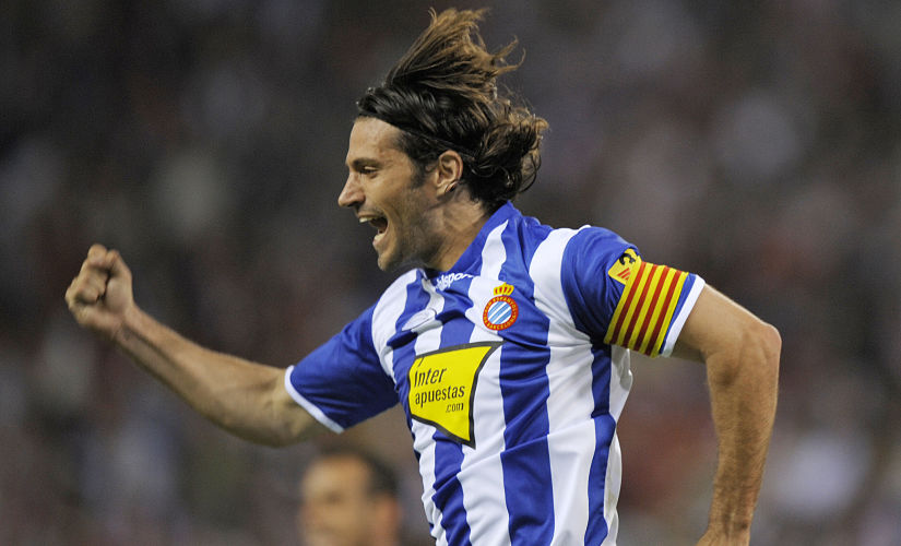 Espanyol Barcelona's defender Daniel Jarque celebrates after scoring against Athletico Madrid during their Spanish League football match at the Vicente Calderon stadium on May 10, 2009, in Madrid. AFP PHOTO/ PHILIPPE DESMAZES / AFP PHOTO / PHILIPPE DESMAZES
