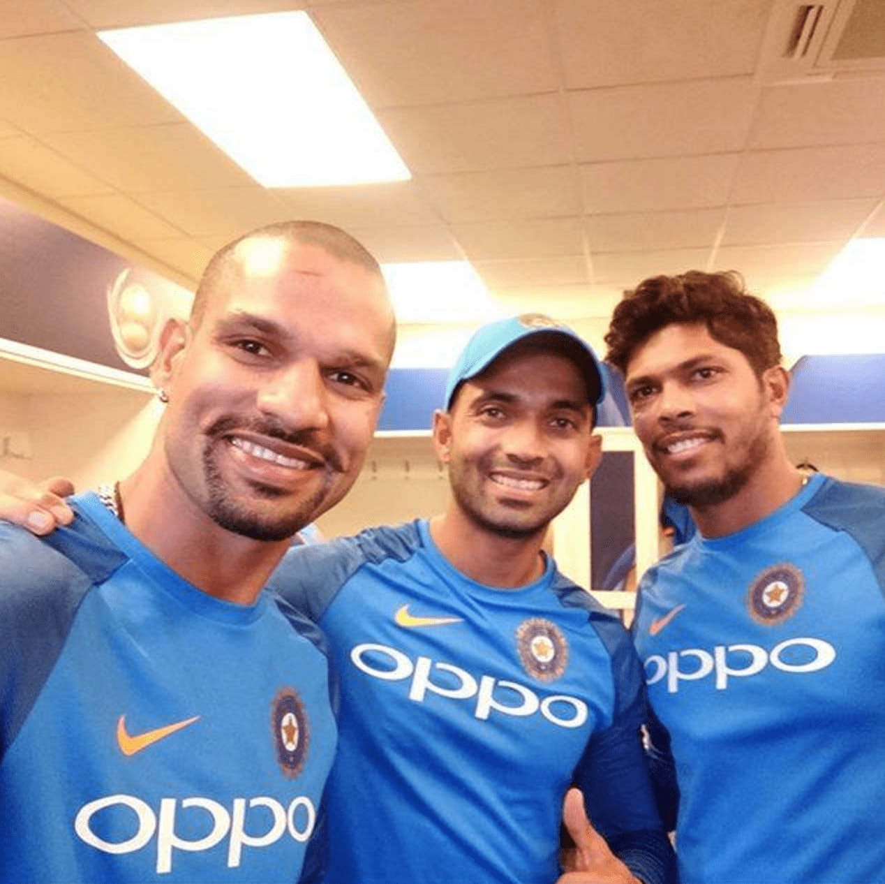 Ready to cheer for Team India with Selfie Expert?
