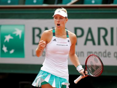 Tennis - French Open - Roland Garros, Paris, France - 28/5/17 Germany's Angelique Kerber reacts during her first round match against Russia's Ekaterina MakarovaReuters / Pascal Rossignol - RTX37YYK