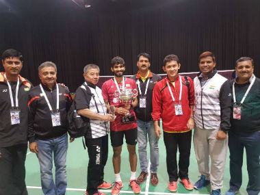 Kidambi Srikanth poses with coach Mulyo Handoyo (L) and the coaching staff. Twitter: @BAI_Media