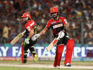 File image of Virat Kohli and AB de Villiers playing for RCB. SportzPics