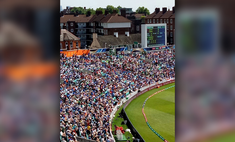 It was a packed house at the Oval in the big final. Clicked on Oppo F3 by Rohan Gavaskar.