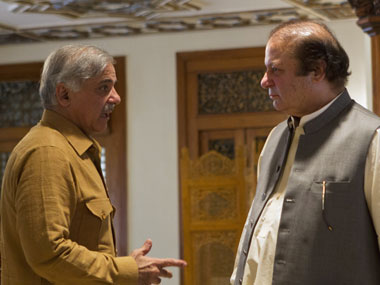 Pakistan PM Nawaz Sharif (right) with his brother Shehbaz. Reuters