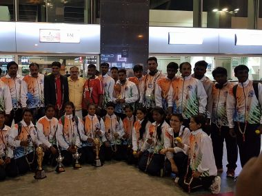 The victorious Indian men's and women's throwball teams. Facebook/@throwballfederation.india
