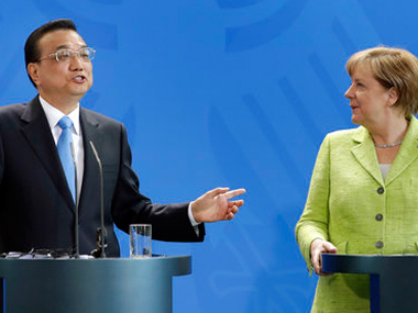 Chinese premier Li Keqiang (left) with German chancellor Angela Merkel (right) at a press conference at the chancellery in Berlin on Thursday. AP