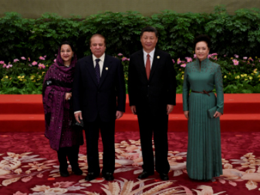 Pakistan's Prime Minister Nawaz Sharif and his wife Kalsoom Nawaz Sharif pose with Chinese President Xi Jinping and his wife Peng Liyuan in Beijing, China (representational image). Reuters