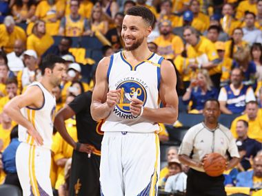Stephen Curry hit his first triple-double. Twitter @NBA