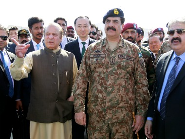 File photo of Pakistan Prime Minister Nawaz Sharif with former Army chief General Raheel Sharif. Reuters