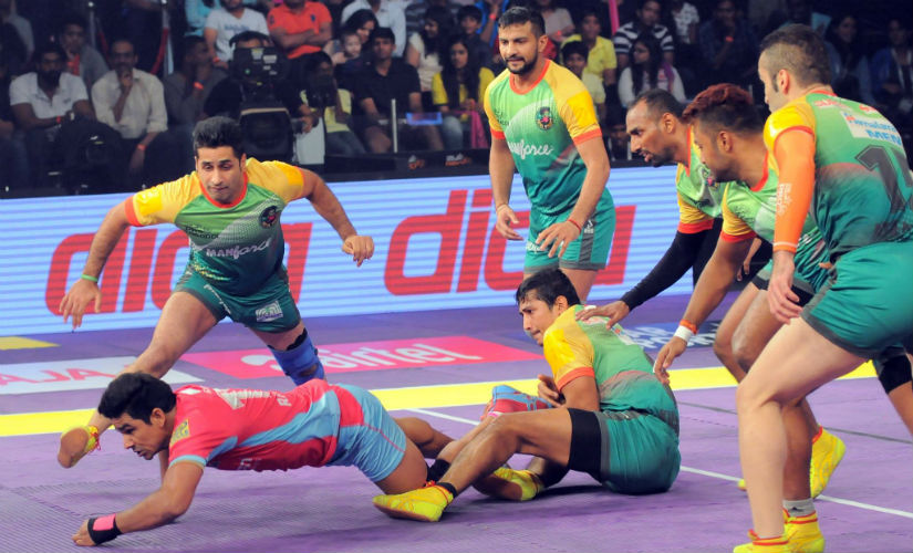 Scenes from the Season 4 final, contested between Patna Pirates and Jaipur Pink Panthers. Image courtesy: ProKabaddi via Facebook