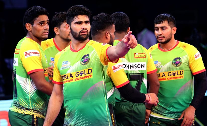 Pardeep Narwal (LC) has left many defences in Pro Kabaddi in his awe with his amazing skills. Twitter/@Patna Pirates