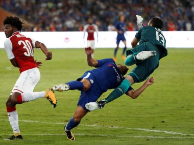 Soccer Football - Arsenal v Chelsea - Pre Season Friendly - Bird's Nest, Beijing - June 22, 2017 Chelsea's Pedro collides with Arsenal's David Ospina REUTERS/DAMIR SAGOLJ - RTX3CHM2