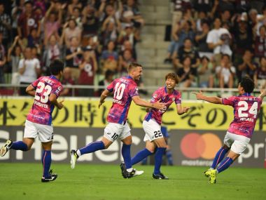 Lukas Podolski celebrates after scoring Image courtesy: Twitter/@vissel_kobe