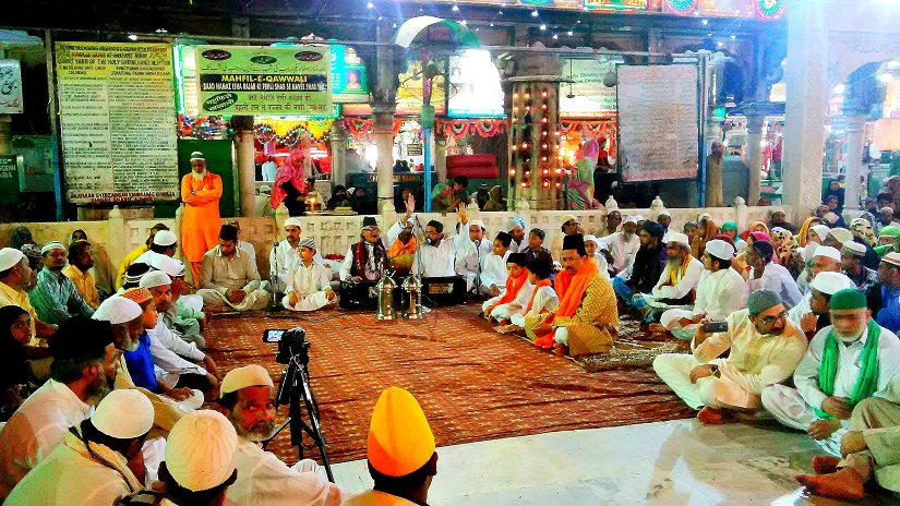 Qawwali at the central courtyard at Ajmer Sharif Dargah (from 2016)