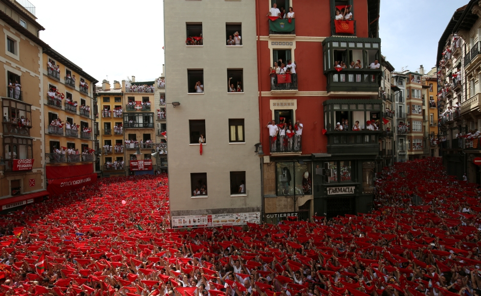 10 injured in Pamplona's Running of the bulls