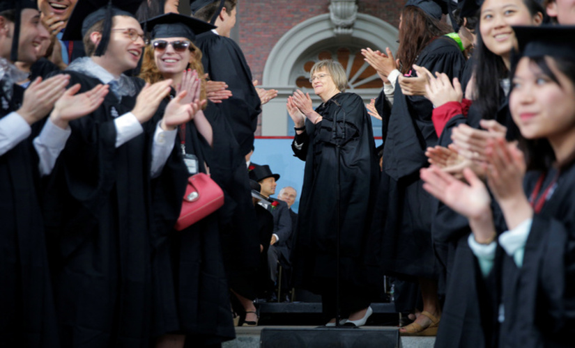 Harvard President Drew Faust with the Class of 2017/ Reuters pic