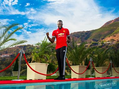 Manchester United signed Romelu Lukaku on a five-year contract. Image courtesy: Twitter/@Manutd