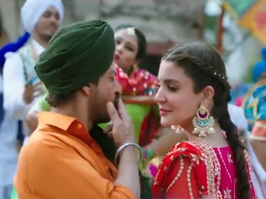 Anushka Sharma and Shah Rukh Khan in the new song Butterfly. Screengrab from Twitter