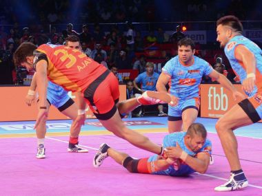 Bengalu Bulls' Ajay Kumar during the game against Bengal Warriors. Twitter ProKabaddi