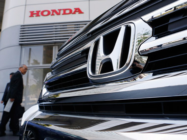 Honda cut prices of CR-V. Reuters