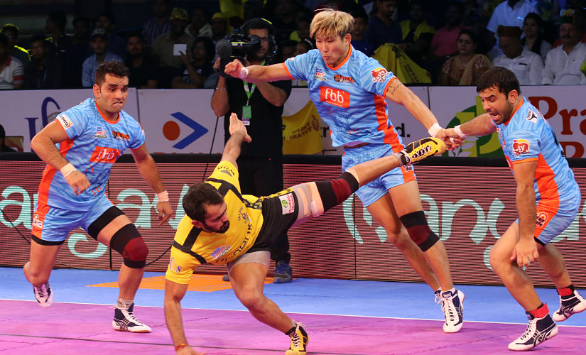 Bengal Warriors inflicted a fourth straight loss on hosts Telugu Titans. PKL