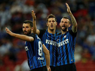 Soccer Football - Chelsea v Inter Milan - International Champions Cup Singapore - Pre Season Friendly - July 29, 2017 Inter Milan's Stevan Jovetic (C) reacts with team mates after his goal is disallowed REUTERS/EDGAR SU - RTS19NR1