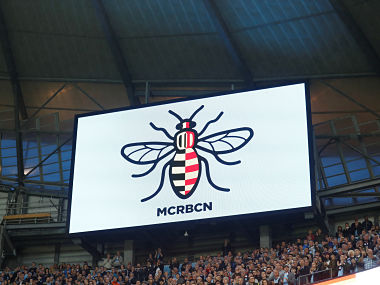 """Football Soccer - Premier League - Manchester City vs Everton - Manchester, Britain - August 21, 2017 An image of a bee is displayed on the big screen during the game as a mark of respect for the victims of the Manchester and Barcelona attacks Action Images via Reuters/Carl Recine EDITORIAL USE ONLY. No use with unauthorized audio, video, data, fixture lists, club/league logos or """"live"""" services. Online in-match use limited to 45 images, no video emulation. No use in betting, games or single club/league/player publications. Please contact your account representative for further details. - RTS1CPMV"""