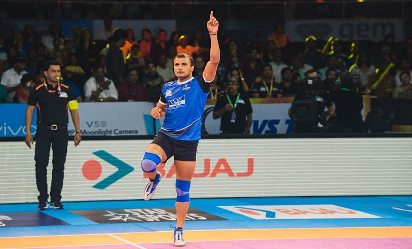 Wazir Singh scored an impressive six raid points on his return from injury after two years. Facebook/Haryana Steelers