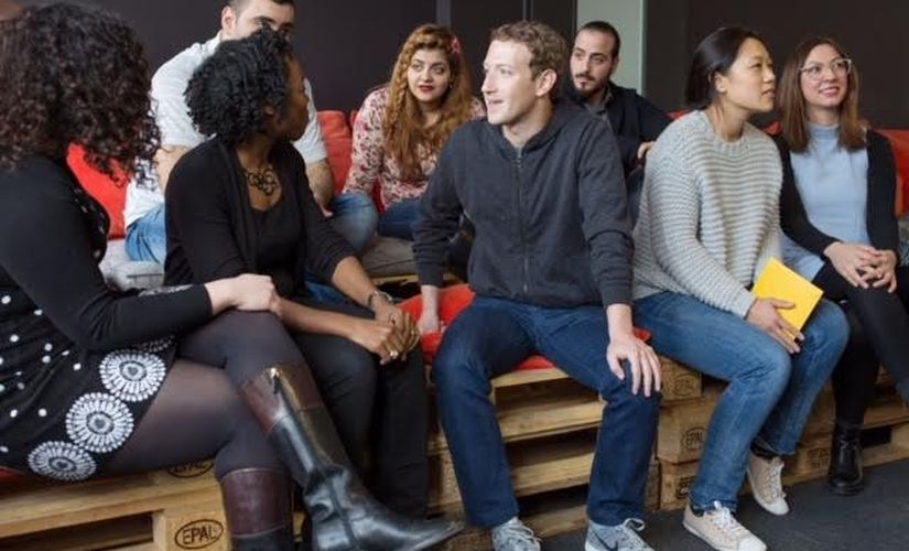 Facebook CEO Mark Zuckerberg interacting with the students of the ReDI School. Image courtesy: ReDI school