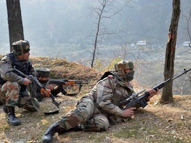 Sniper fire along LoC in Kashmir by Indian and Pakistani armies. Representational image. PTI