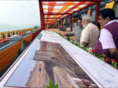 Narendra Modi and Nitin Gadkari at the iinauguration of the Sardar Sarovar Dam. Twitter@PMOIndia