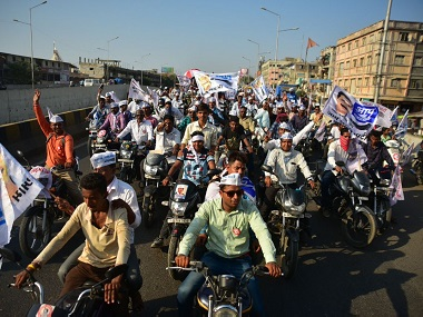 AAP roadshow in Gujarat. Twitter @AamAadmiParty
