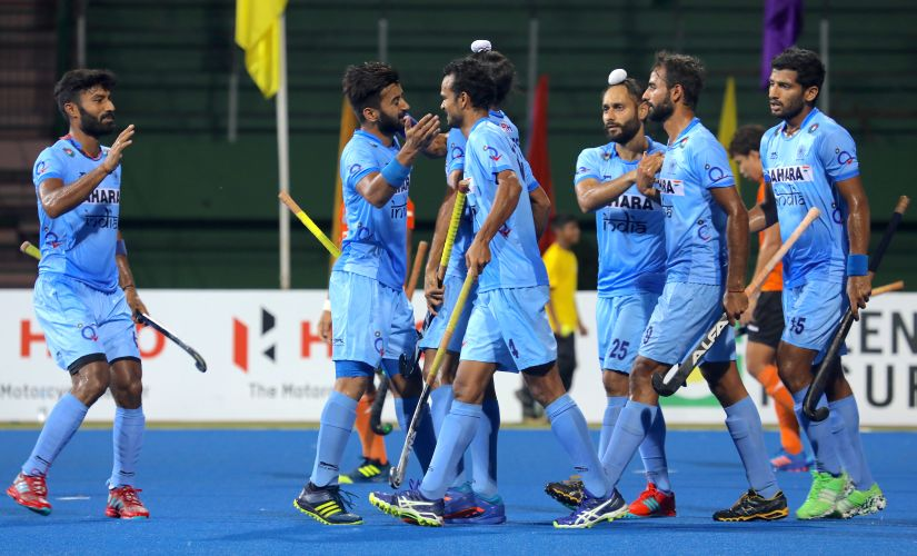 India players congratulate Akashdeep Singh after he scored their opening goal. Image courtesy Neeraj Tiwari