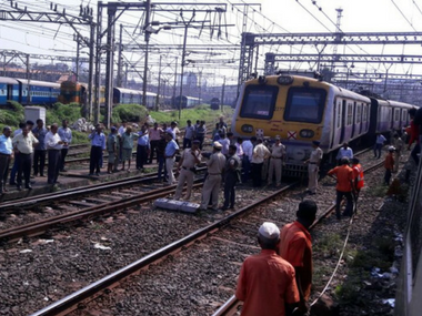 The CST-Karjat local that derailed on Sunday. Firstpost/ Sanjay Sawant