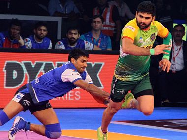 Pardeep Narwal in action against Haryana Steelers. Image courtesy: PKL official website