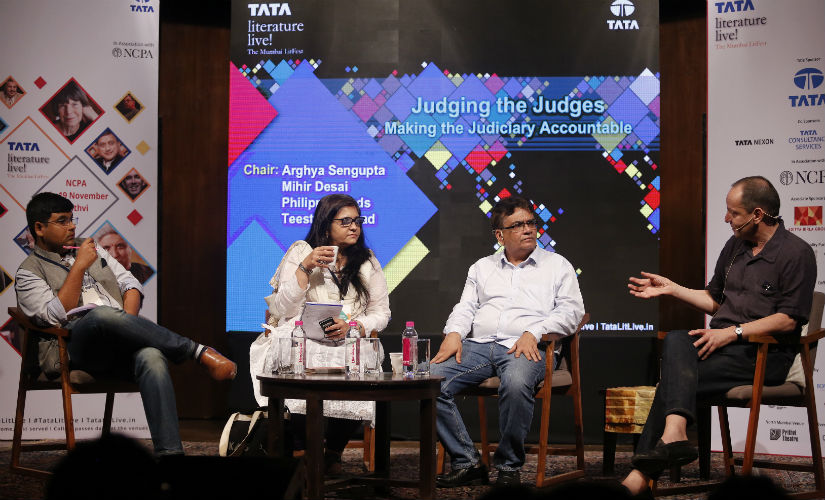 (Sitting L-R) Arghya Sengupta, Founder and Research Director at Vidhi Centre for Legal Policy; Teesta Setalvad, senior journalist, educationist and activist; Mihir Desai, human rights lawyer; and Philippe Sands, Professor of Law at University College London, and barrister and arbitrator at Matrix Chambers, participated in a powerful and enlightening discussion on one of the most currently debated subjects of recent times: making the judiciary accountable