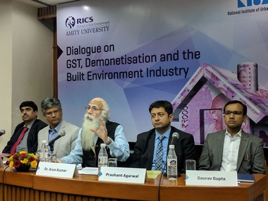 Economist Arun Kumar, addressing a panel discussion. Pic courtesy: Debobrat Ghose