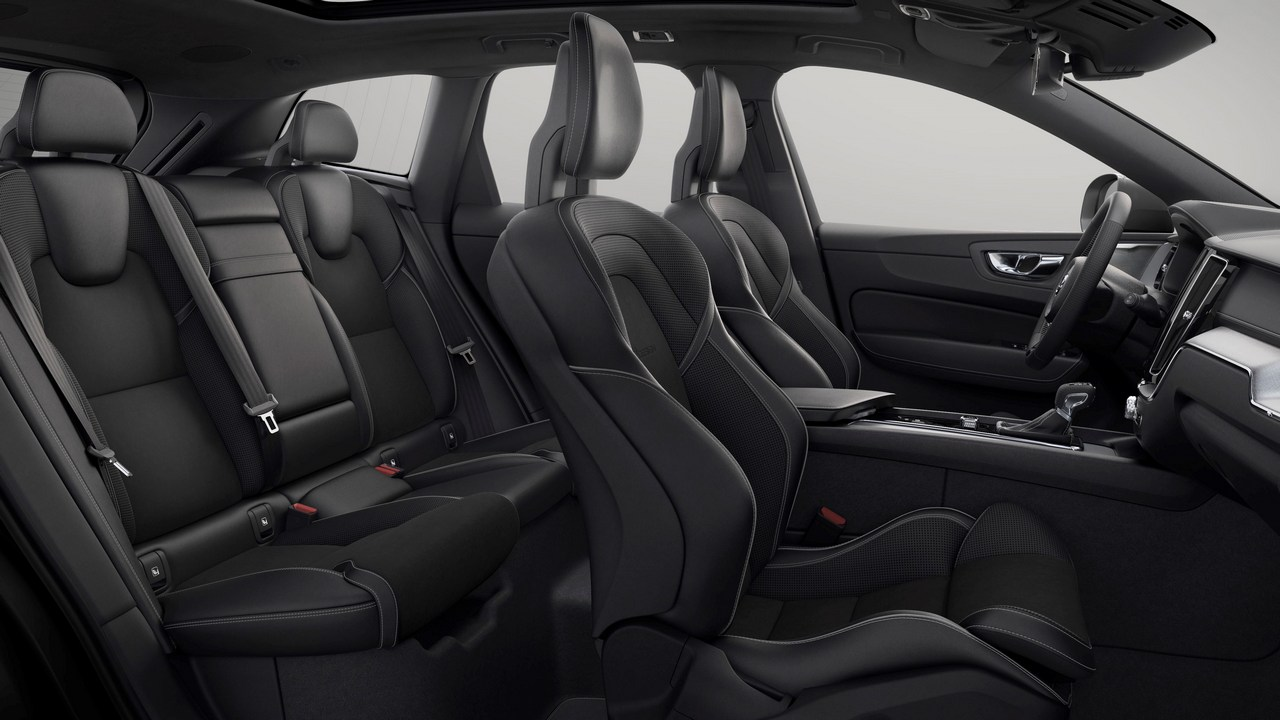The upholstery and interior of the 2018 Volvo XC60. Image: Volvo