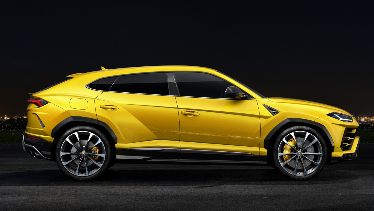 lamborghini unveils the urus to launch its super sports utility vehicle capable of 0 100 kmph. Black Bedroom Furniture Sets. Home Design Ideas